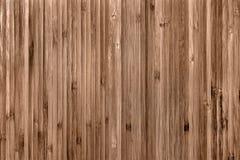 Placage de texture fait à partir du bois souillé Finissage décoratif avec un conseil vertical étroit photos libres de droits