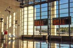 Placas da programação no salão de estação de trem Imagem de Stock Royalty Free