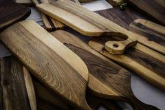 Placas de corte de madeira feitos a mão Imagem de Stock Royalty Free