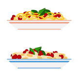 Placas de las pastas y de los espaguetis fotos de archivo