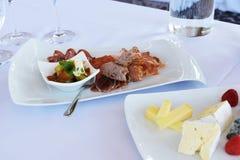 Placas del queso y de la carne Foto de archivo
