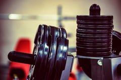 Placas do peso do peso e do barbell da aptidão Imagem de Stock Royalty Free