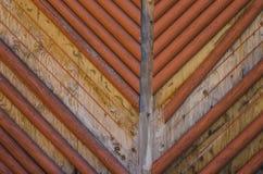 Placas e textura de madeira abstratas do fundo dos polos Foto de Stock