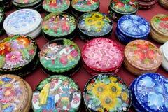 Placas paintinted com flores Imagens de Stock Royalty Free