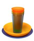 Placas plásticas coloridos, copos Imagem de Stock
