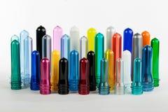 Placas plásticas das cores diferentes, limpo, vermelho, amarelo, azuis, verde Fotografia de Stock