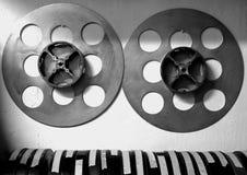 Placas y latas de la película Fotos de archivo libres de regalías