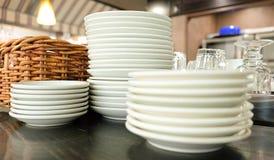Placas y para los restaurantes imágenes de archivo libres de regalías