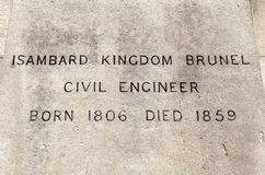 Placca di nome della statua di Brunel di regno di Isambard a Londra Fotografie Stock Libere da Diritti