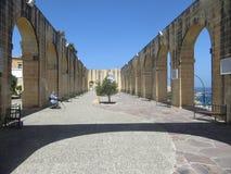 Place antique de murs de briques Image stock