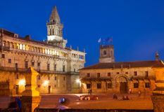 Place d'Obradoiro dans la soirée Santiago de Compostela Photo libre de droits