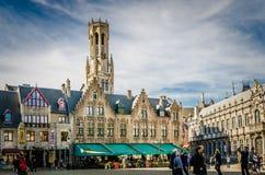 Place de Burg avec l'hôtel de ville à Bruges photographie stock libre de droits