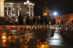 Place de l'indépendance de Kyiv complètement des bougies Photographie stock libre de droits