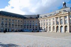 place de la Bourse在红葡萄酒 库存图片