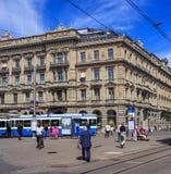 Place de Paradeplatz dans la ville de Zurich, Suisse images stock