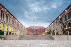 Place de Prokurative dans la fente, Croatie au lever de soleil photos stock