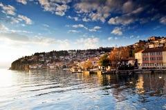 Place de touristes Ohrid en Macédoine Images libres de droits
