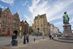 Place de Van Eyck à Bruges, Belgique image libre de droits