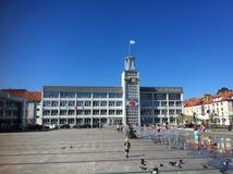 Place de ville de Koszalin Images libres de droits