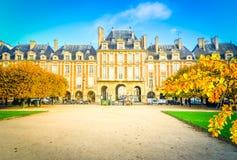 Place de Vosges, Παρίσι Στοκ Εικόνες