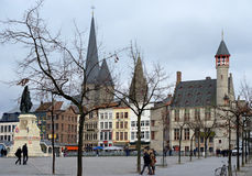 Place de Vrijdagsmarkt au centre de Gand, Belgique photo libre de droits