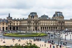 Place du Carrousel和罗浮宫Musee du Louvre Pari 库存照片
