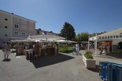 Place du Marché dans le port Grimaud, France Photographie stock