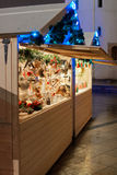 Place du marché la nuit avec l'arbre de Noël Photos libres de droits