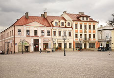 Place du marché dans Rzeszow poland Photos stock