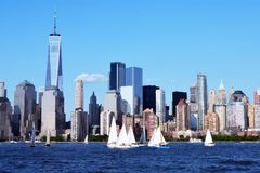 Place financière du monde et parc de batterie, NYC Photographie stock