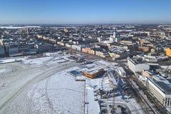 Place Kauppatori de SkyWheel, de marché, sauna et piscine, Helisnki, Finlande photo stock