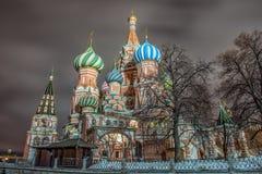 Place rouge, cathédrale du ` s de St Basil Moscou, Russie Image stock