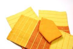 Placemat y servilletas sobre blanco Fotografía de archivo