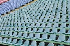 Placera för åskådare i stadionen Arkivfoton