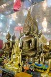 Placerade Buddhabilder i inställning av att underkuva Mara och meditation Fotografering för Bildbyråer