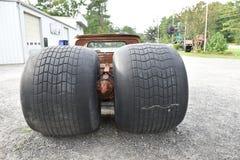 Placerar den gigantiska lastbilen för den North Carolina grävarefängelsehålan tillbaka Royaltyfri Foto