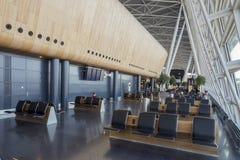 Places assises intérieures d'aéroport de Kloten à Zurich, Suisse photos libres de droits