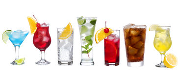 Placez avec différents cocktails Photos stock