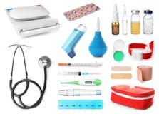 Placez avec le matériel médical différent images stock