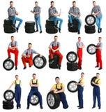 Placez avec les pneus professionnels de mécanicien et de voiture image stock