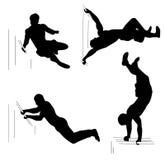 Placez avec quatre athlètes d'hommes Séance d'entraînement, concept de sport Silhouettes noires sur le fond blanc Photos libres de droits