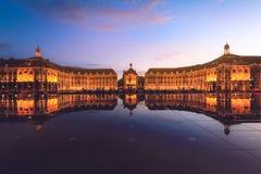 Placez de la bourse en Bordeaux, France Un patrimoine mondial de l'UNESCO photos libres de droits