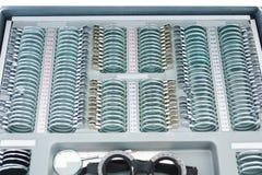 Placez de la lentille corrective, lentille concave, la lentille convexe, lentille de cylindrique pour la vue de mesure images stock