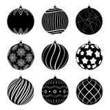 Placez des boules de Noël de silhouettes avec différentes textures Babiole de Noël décorée des modèles noirs et blancs illustration de vecteur