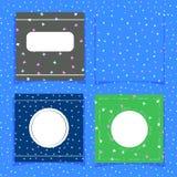 Placez des cartes mignonnes avec des papillons sur un fond bleu Un fond sans couture et trois calibres pour des cartes de ressort illustration stock