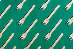 Placez des fourchettes en bois pour des souvenirs image stock