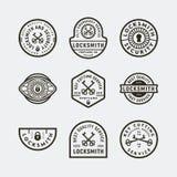 Placez des logos de serrurier de cru rétros emblèmes de coupure principaux dénommés de service Illustration de vecteur illustration libre de droits