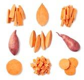 Placez des patates douces entières et coupées en tranches fraîches photographie stock