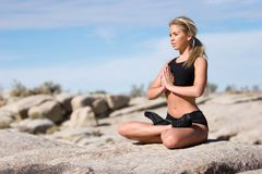 placez le yoga photos stock