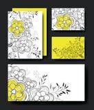 Placez les cartes faites main avec la décoration florale Photographie stock libre de droits